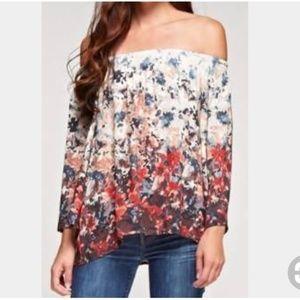 Love Stitch Floral Off-Shoulder Tunic